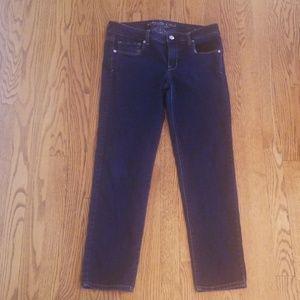 American Eagle dark wash skinny Jean's 10S